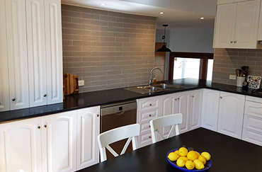 kitchen and Bathroom Resurfacing specialist experts in canberra,nsw